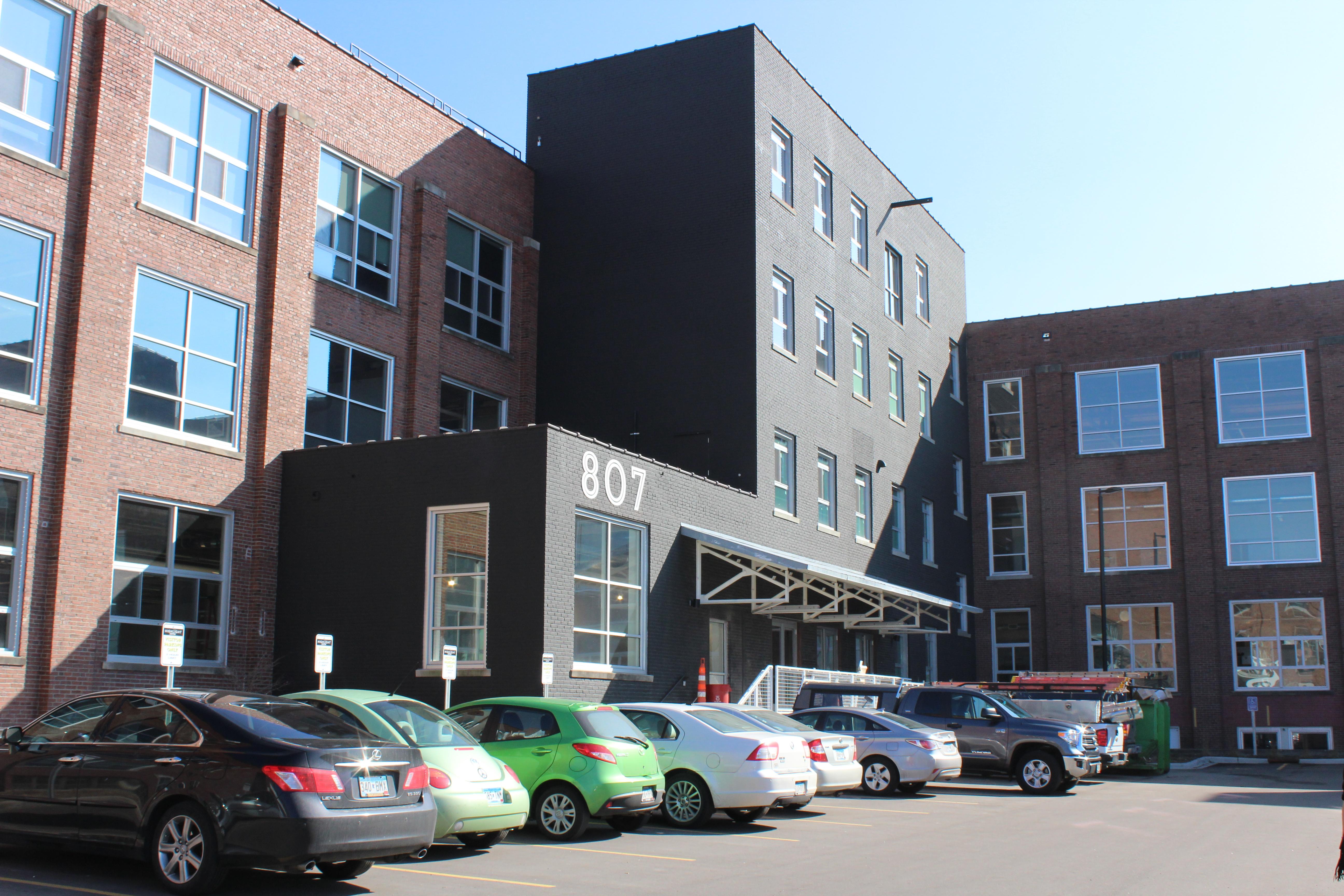 807 Building Exterior